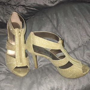 Lightly Used Shimmery Gold Heels